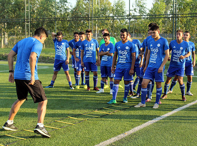 Albirrojita viajó a Chile para Copa UC
