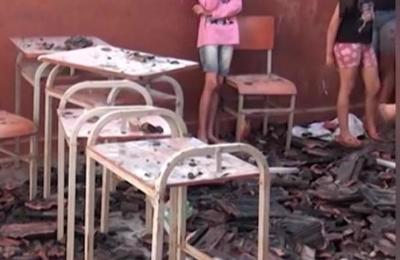 Escuela ardió en llamas