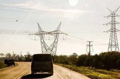 """Calor extremo generó """"altísima demanda"""" e inconvenientes en el servicio eléctrico"""