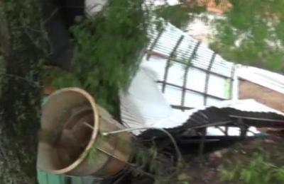 Viviendas destechadas tras fuerte temporal
