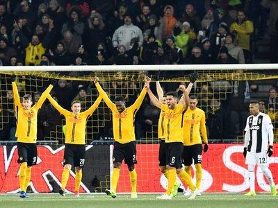 La Juventus cae en Suiza, pero avanza como primero