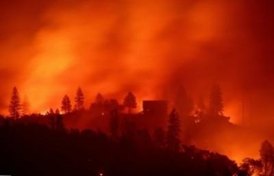 Pérdidas por incendios en California superan los 10.000 millones de dólares