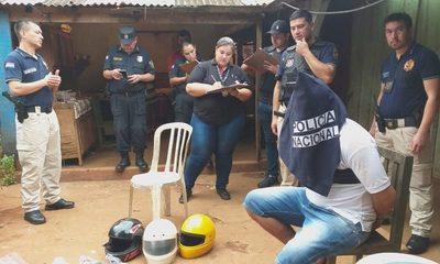 Detienen a ladrón e incautan droga durante allanamiento