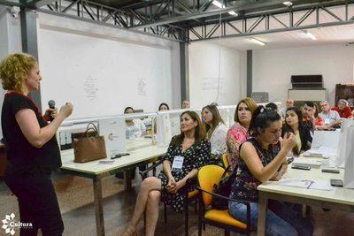Exitoso primer taller de visitas guiadas a espacios culturales