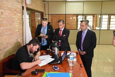 Sandra Zacarías reitera que desiste a su renuncia