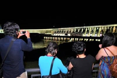 Más de 650.000 personas ya visitaron el Complejo Turístico Itaipú