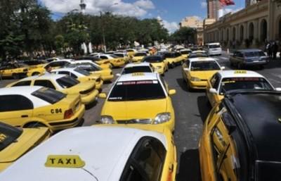 Taxistas acusan a MUV de incitar a la violencia al ofrecer servicio gratuito durante el