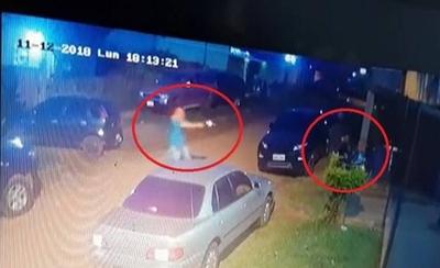 HOY / Crimen de Casuso: mujer de la imagen dice que no tiene el celular