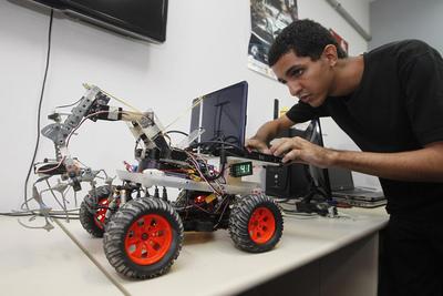 Competencia estudiantil de robótica se hará este sábado