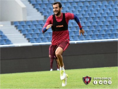 Raúl Cáceres, con oferta formal para ir a Brasil