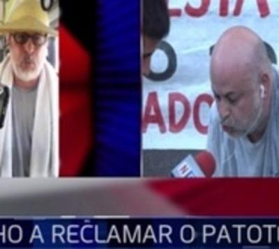 ¿Derecho a reclamar o patoterismo?: 'Payo' baja a pasajeros de buses
