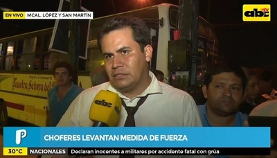 Choferes despejan Mcal López