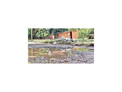 Destruido Parque Caballero es nido de adictos, tragamonedas y basura