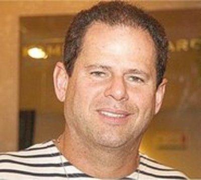 Senabico interviene tres empresas y a ganadera de Darío Messer