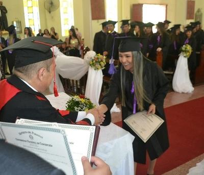 Concepción lanza a 43 nuevos médicos