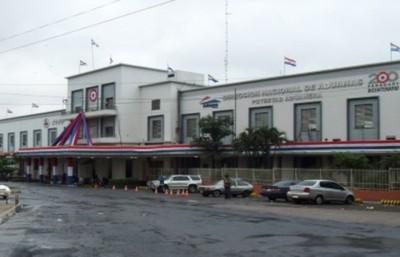 Aduanas: cae funcionario por presunto pedido de coima a empresario