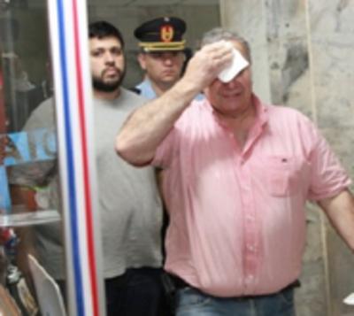 González Daher insiste con pasar las fiestas en su casa