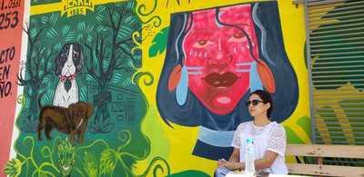 Joven concepcionera se destaca por sus murales