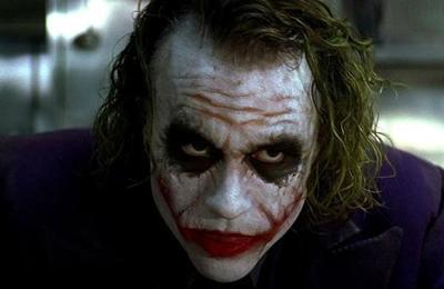 Así se hizo el peligroso truco de magia del Joker en The Dark Knight