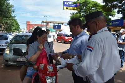 Realizan campaña de concienciación vial en Campo 9 – Prensa 5