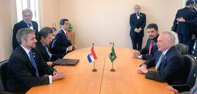 Presidentes de Paraguay y Brasil oficializarán construcción de puentes