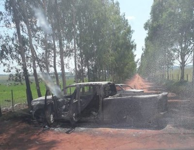 Hallan camionetas incendiadas en Paranhos