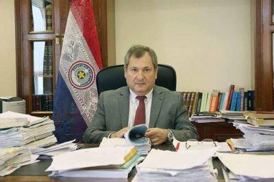 Ministro Jiménez Rolón en apertura de posgrados en España
