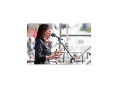 Confirman prisión preventiva para Cristina Fernández