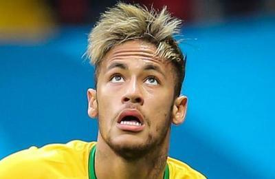 Las burlas que generó el racical cambio de look de Neymar