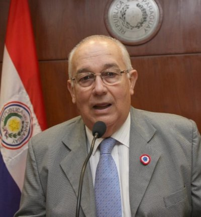 Fiscalía imputa al ex ministro de la Corte Óscar Bajac