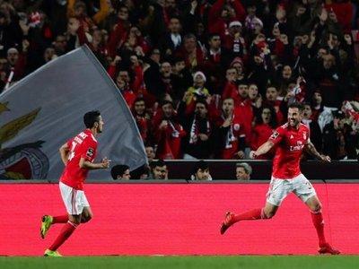 El Porto y el Benfica cumplen, el Sporting tropieza