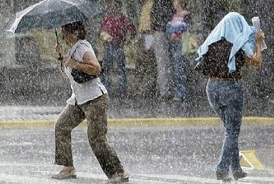 Emiten alerta por lluvias y anuncian extremo calor