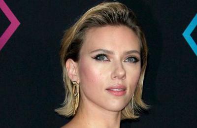 Gritos y golpes: el día de furia de Scarlett Johansson en Buenos Aires