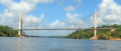 Gremio de la construcción destaca realización de puentes con Brasil