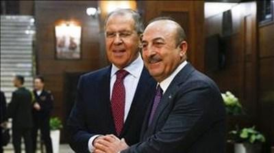 Rusia y Turquía tratan de definir sus zonas de influencia en Siria ante el vacío dejado por EE.UU.