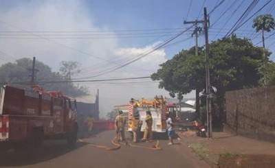 Explosión de petardo incendió pastizal y casi afectó a viviendas