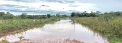 Concepción: Comunidades quedan semiaisladas tras lluvias