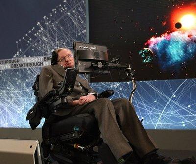 Un día como hoy, pero en 1942, nacía Stephen Hawking