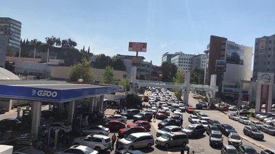 El caos se apodera de México por desabasto de gasolina