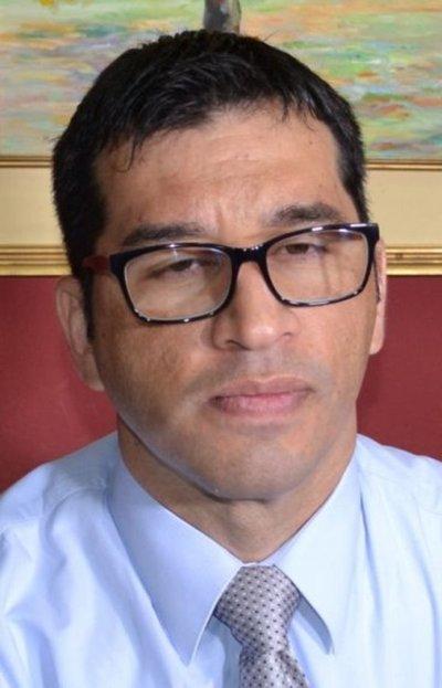 Cuestionado juez sobreseyó a 27 procesados por megaevasión en CDE