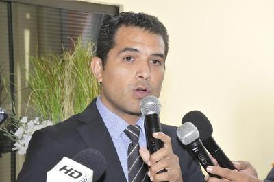 Roque Godoy aclaró que multa por falta de transparencia pagará el exintendente Alegre