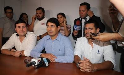 """HOY / Querían lavar dinero utilizando a Chilavert, guaraní clave para la fuga: 'Fuimos orinados encima"""""""