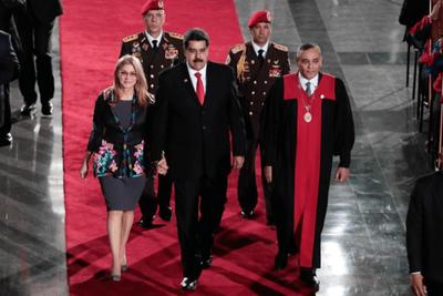 Escenario político, social y económico de Venezuela