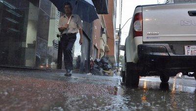 Anuncian jornada cálida y con posibles lluvias