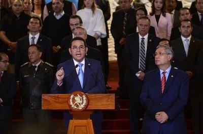 Pulso de poderes en Guatemala amenaza Estado de derecho