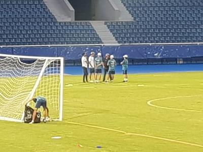 Fernando Amorebieta llegó para ser nuevo jugador de Cerro Porteño