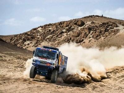 Expulsan del Dakar a un piloto por atropellar a un espectador