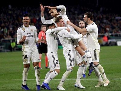 Un gol de Ceballos salva al Real Madrid