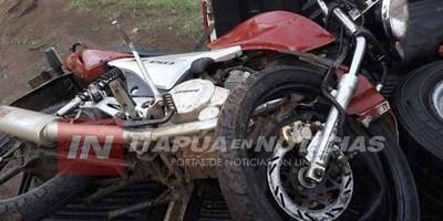 GRAL. ARTIGAS: MOTOCICLISTA SUFRE TRAUMATISMO DE CRÁNEO TRAS CHOCAR CONTRA UN ÁRBOL.
