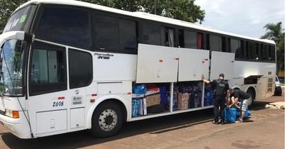 Receita Federal retiene 3 buses de turismo